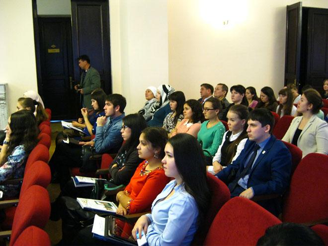 Татарстан язучылар берлегендә тарихи әһәмияткә ия булган чара - яшь татар язучылары семинары үткәрелде