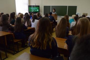 Диләрә Гыймранова диссертацияләрне татар телендә яклау хокукын булдырырга кирәк дип саный