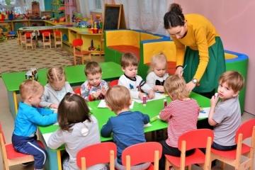 Татарстанда мәктәпләр һәм балалар бакчаларына 1,5 мең хезмәткәр җитми
