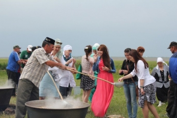 Казан студентлары Пенза өлкәсенең татар авылларында фәнни сәфәрдә булып кайтты
