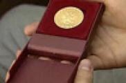 """""""Соңгы"""" 800 медаль"""