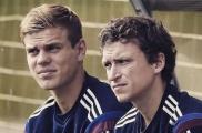 Россия футболчылары Павел Мамаев белән Александр Кокорин