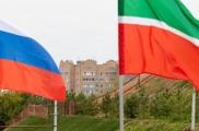 Яңа уку елыннан Россия мәктәпләрендә дәүләт флагын күтәрү тантанасы үткәрелә башлаячак