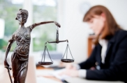 Укытучыларның бушлай юридик ярдәм алу мөмкинлеге бар