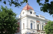 Тинчурин театрында ТАССРның 100 еллыгына күргәзмә һәм тарихи драма тәкъдим итәчәкләр